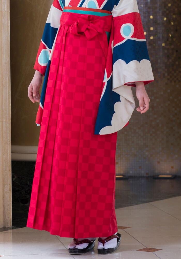 おしゃれな袴姿になる京都さがの館の宅配ネットレンタル袴