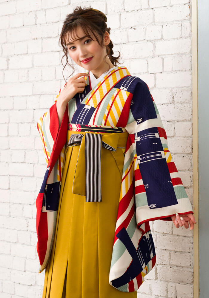 レトロで可愛い【着物】白地赤黄縞+【袴】キンチャひも縞の袴コーデ