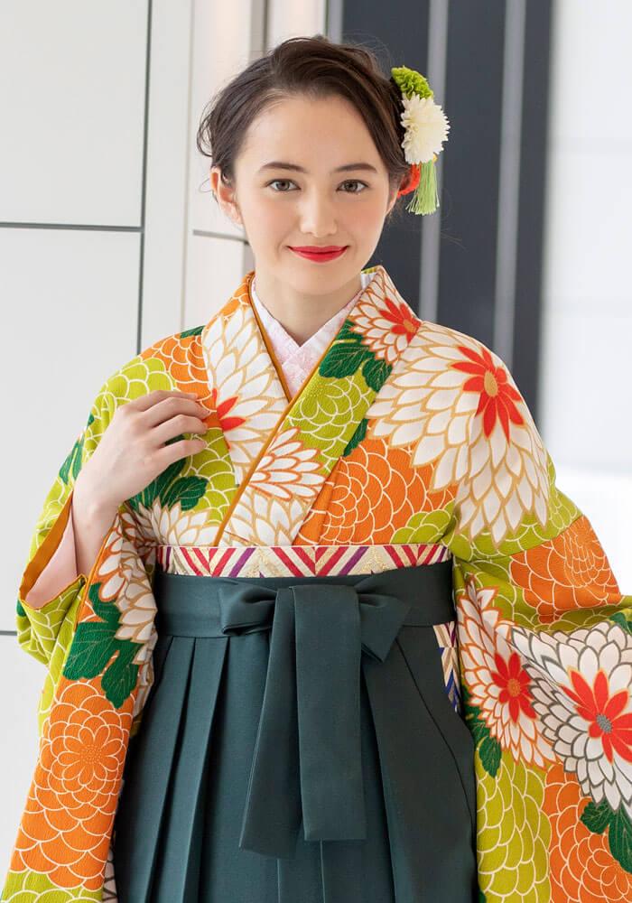 古典柄の代表菊柄の卒業式袴