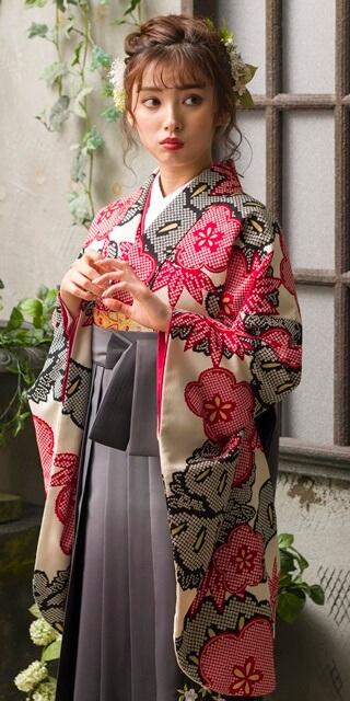 【着物】赤クロ絞り柄松竹梅