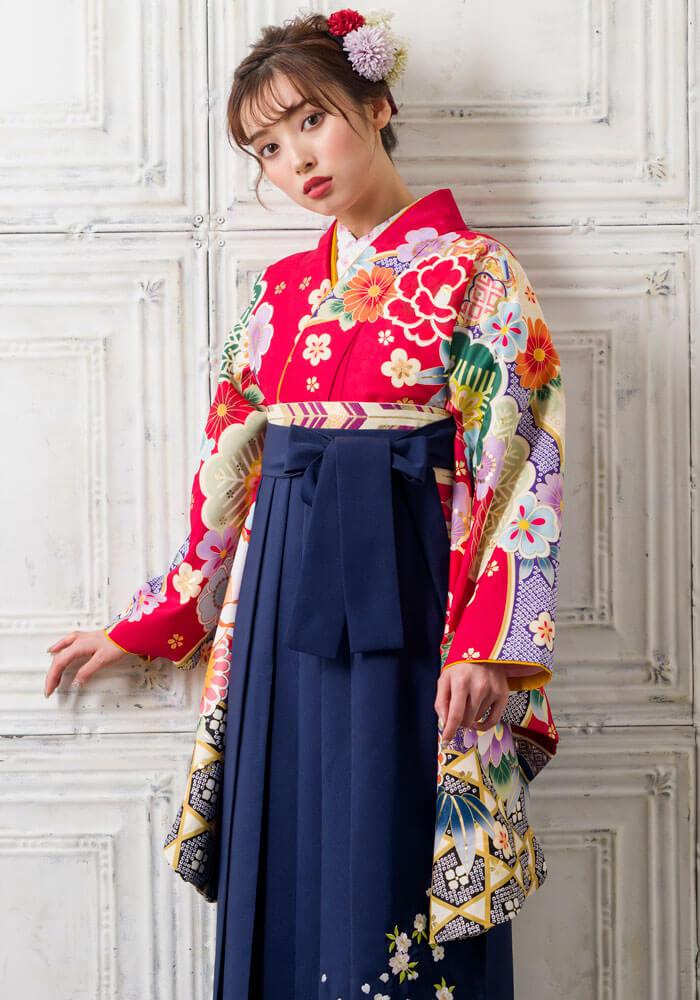 谷川菜々ちゃん着用の赤と青の卒業式袴
