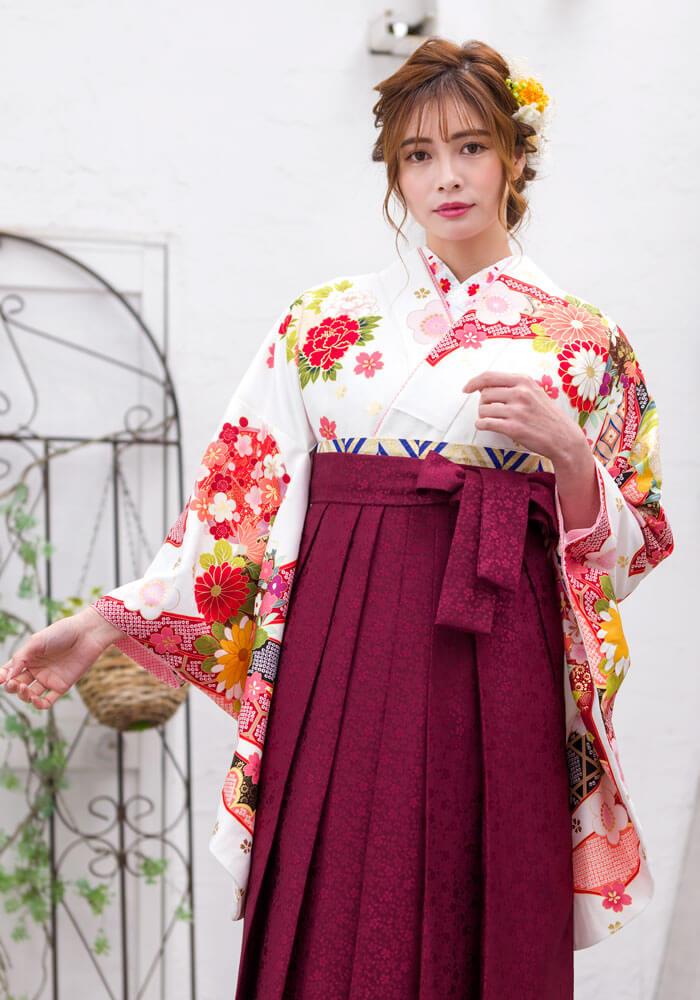 ロマンチックな雰囲気のネットレンタル袴