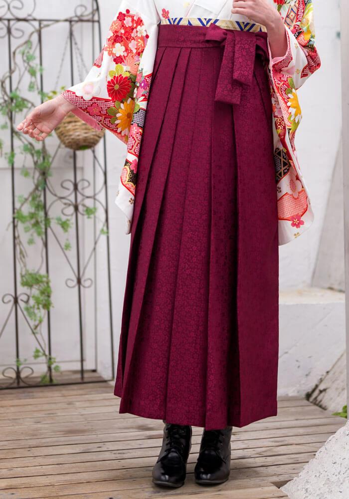 桜小紋が描かれたオシャレなネットレンタル袴