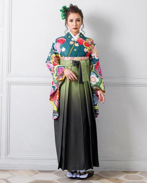 【着物】花亀甲に金梅+【袴】モスグリーンボカシ 全体
