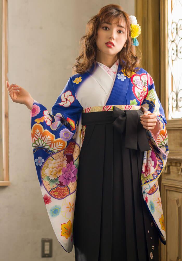 卒業式の袴ネットレンタルのセット商品【着物】青白ぼかしに花鏡+【袴】クロ友ヤエザクラ アップ