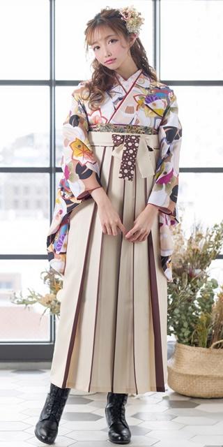 【着物】金茶モダン花合わせ+【袴】クリームライン紐水玉
