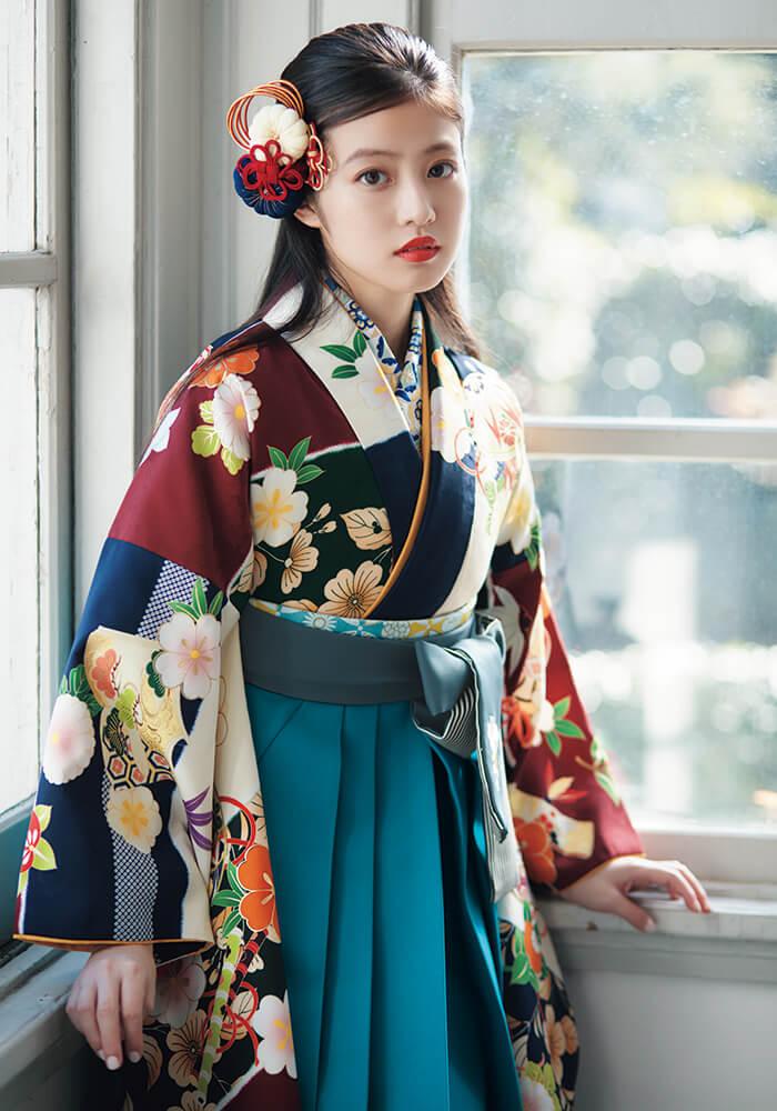 【着物】春夏秋冬花ロマン+【袴】サイレントブルーひも縞