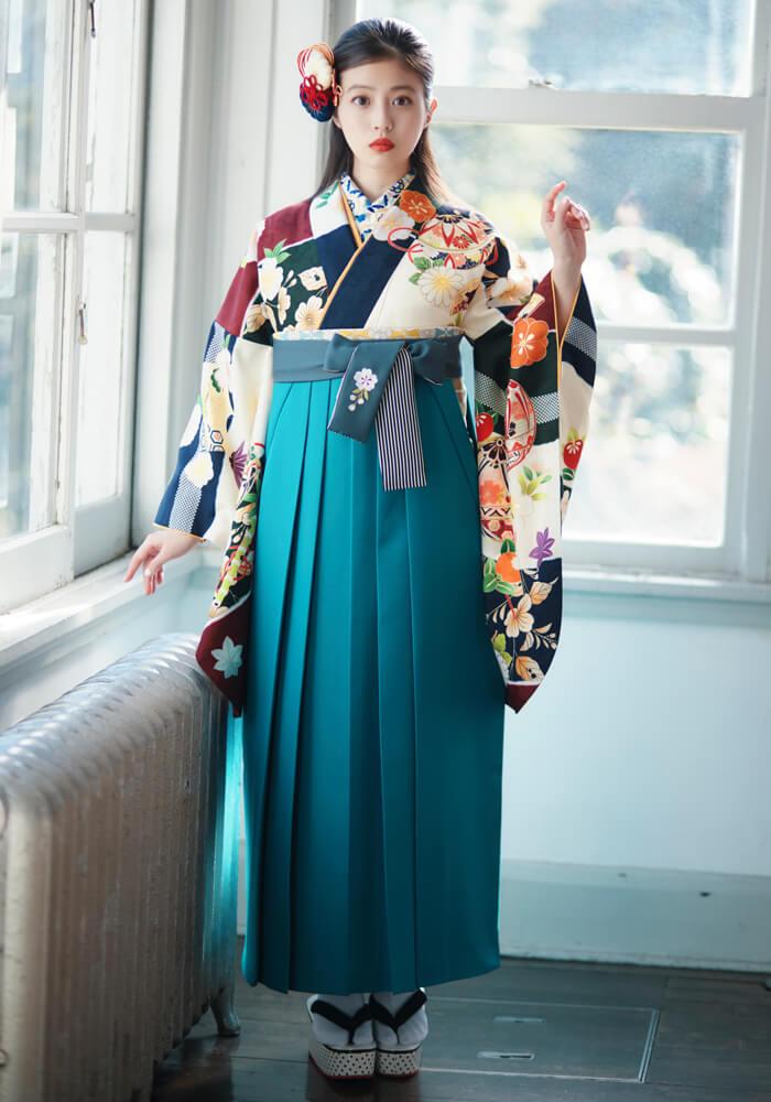【着物】春夏秋冬花ロマン+【袴】サイレントブルーひも縞 サムネイル