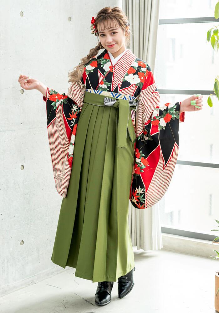【着物】赤黒短冊牡丹椿+【袴】抹茶ひも縞