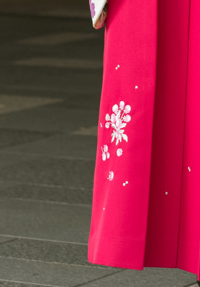 宅配でレンタルできるピンクの袴
