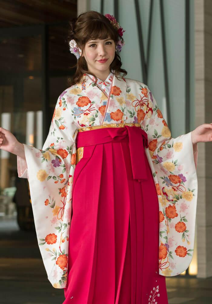 ピンクで可愛い卒業式の袴レンタル