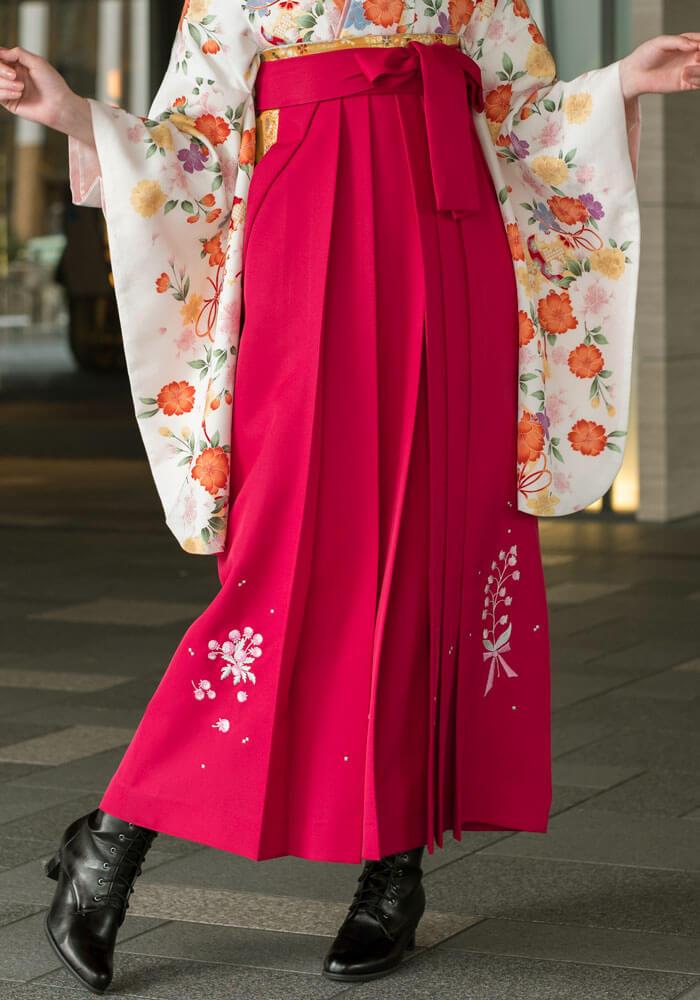 宅配で袴レンタルできるピンクの袴と着物のセット商品