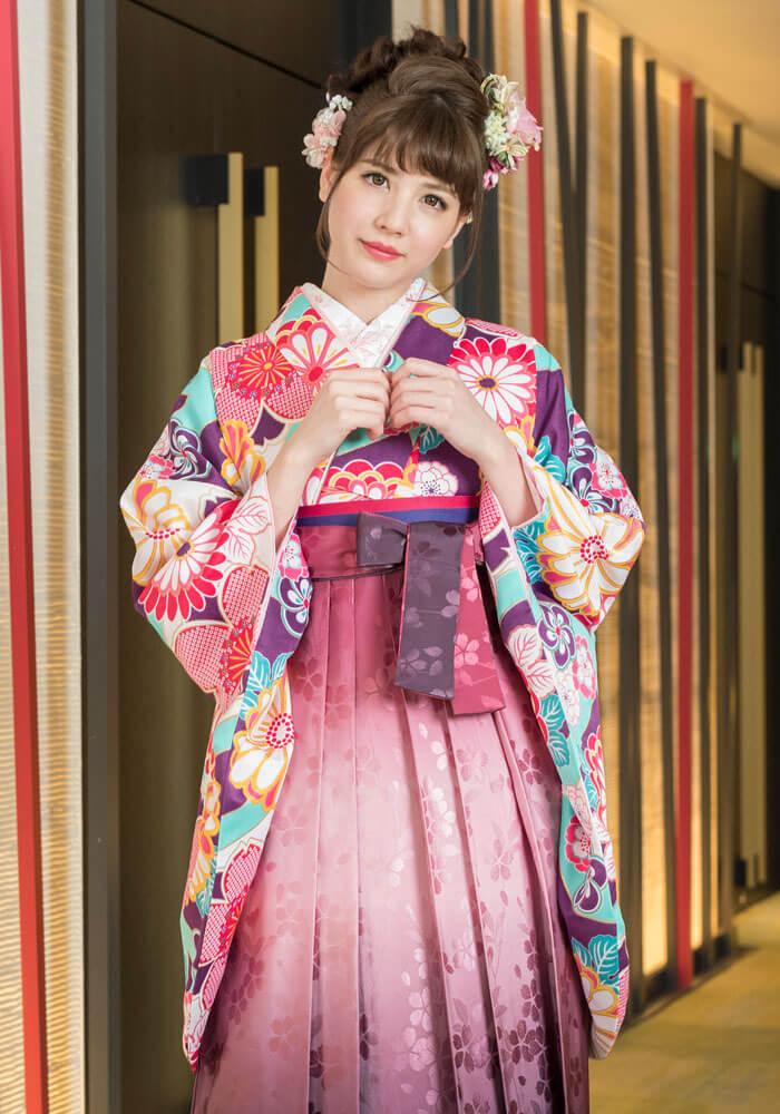 【着物】ムラサキ桜と菊