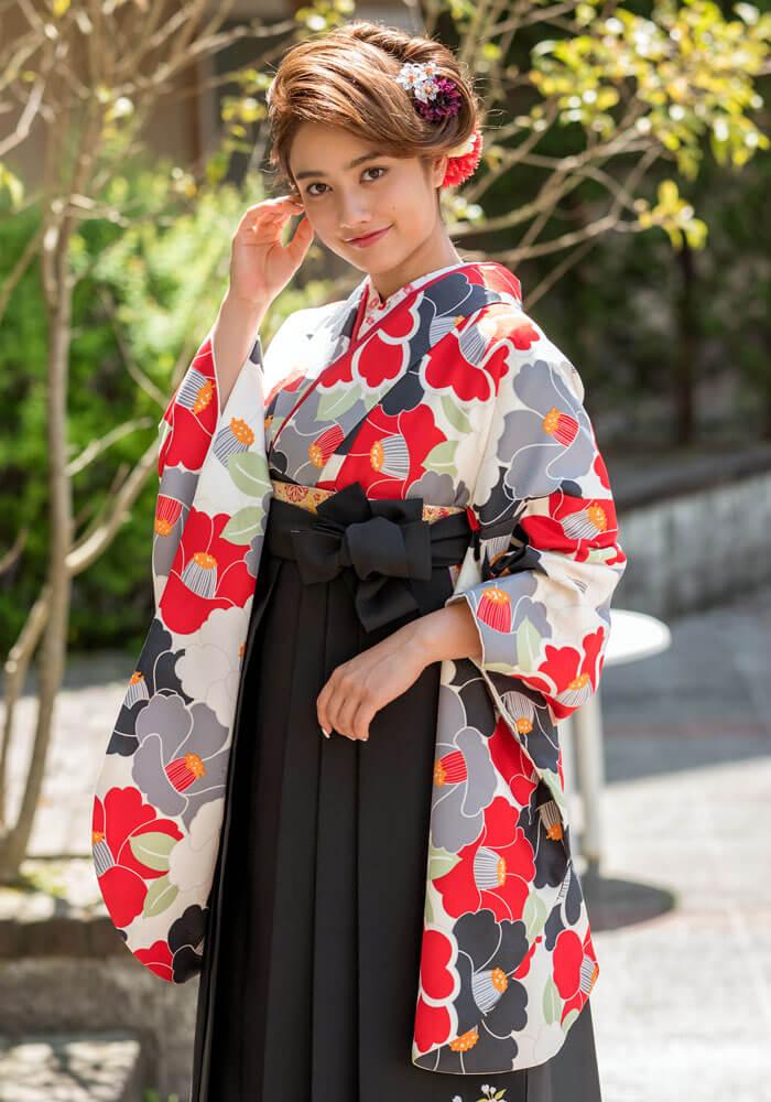 【着物】黒×赤椿