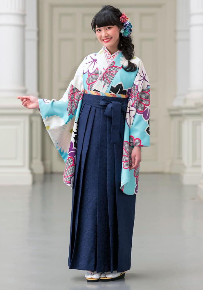ネットで注文できる爽やかな水色のレンタル袴