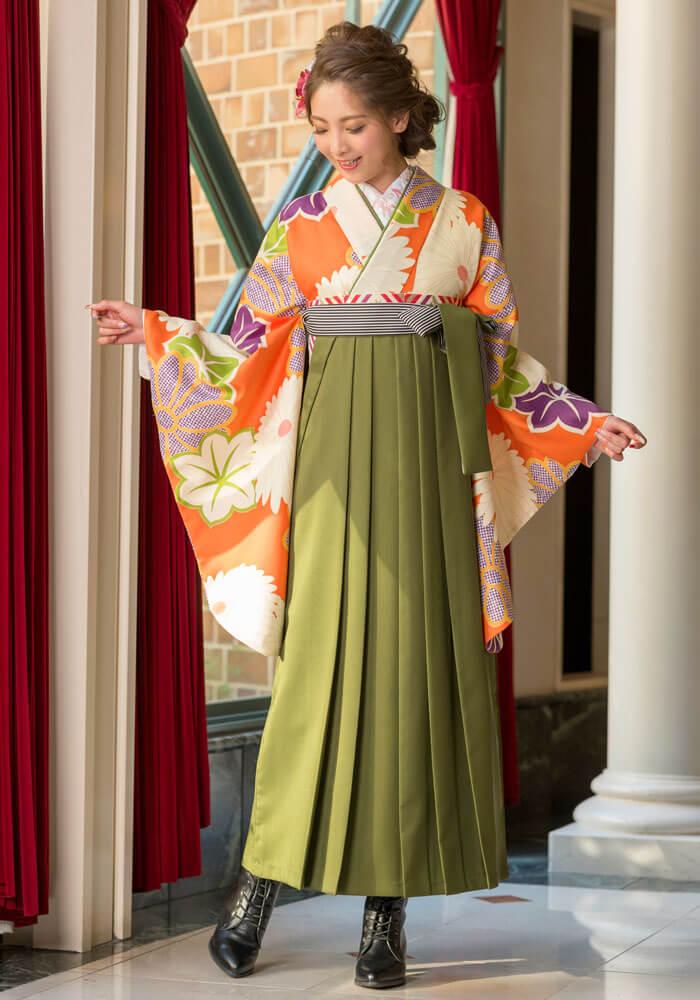 落ち着いたレトロな雰囲気の卒業式袴