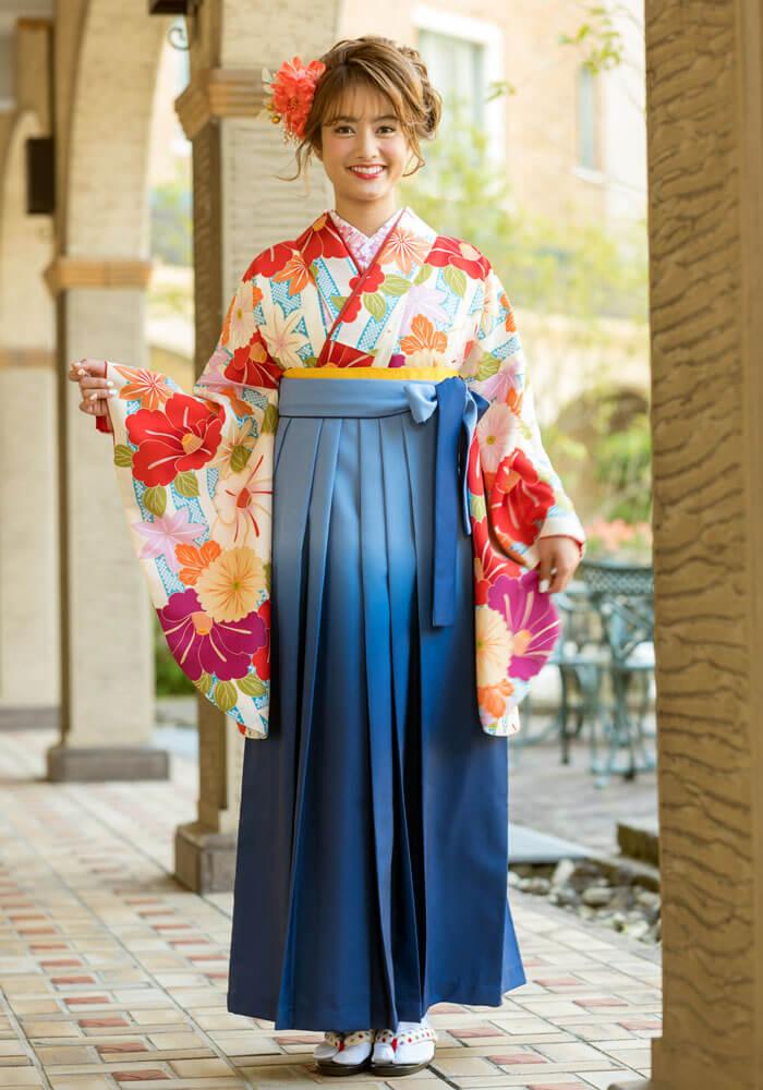 【着物】青白縞かのこと椿+【袴】ブルーボカシ