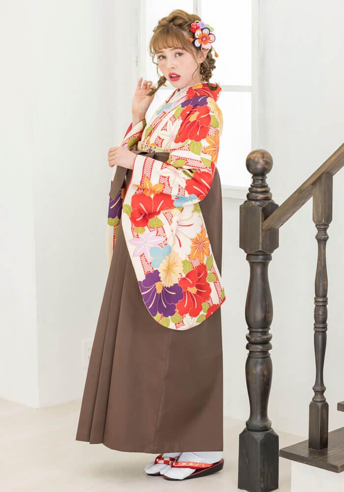 手軽にネットレンタルできる京都さがの館の袴