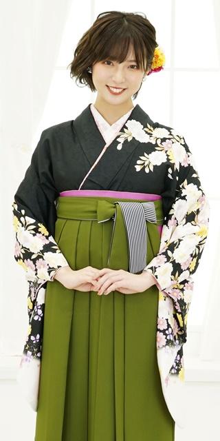 【着物】黒に袖白八重桜