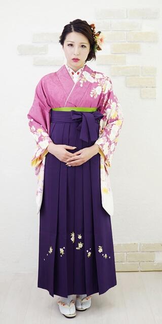 【着物】ローズ袖白八重桜+【袴】ムラサキシシュウ