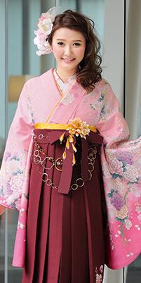 着物:ピンク・桜とバラ