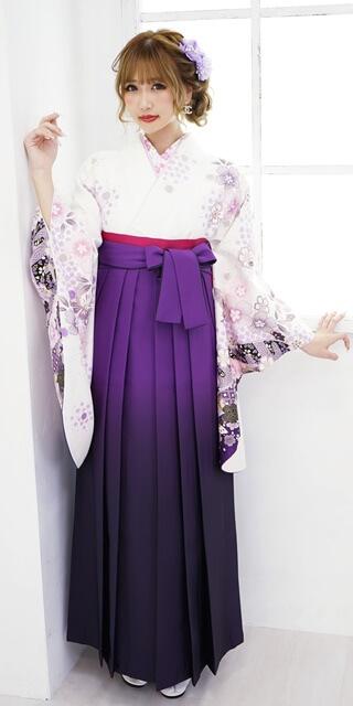 【着物】白地袖紫絞り桜+【袴】ムラサキボカシ