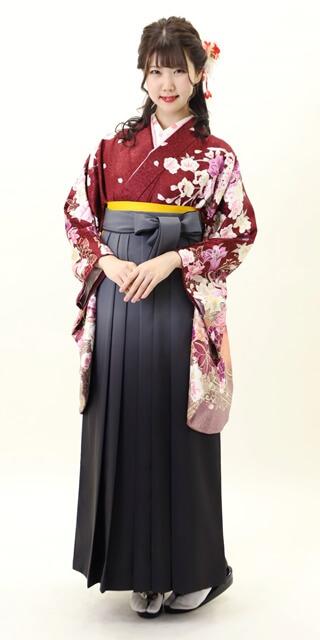 【着物】赤茶菊に洋花+【袴】グレーボカシ