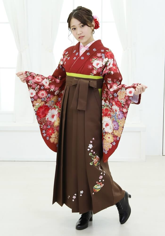 【着物】エンジにラメ桜手まり+【袴】チャイロ鈴桜