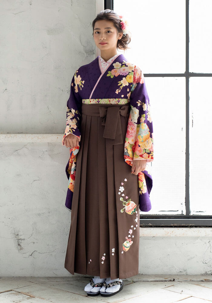 宅配でレンタルできる紫の着物