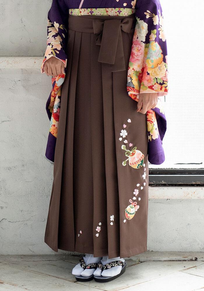 袴レンタルの宅配で人気の茶色の袴CSZ505