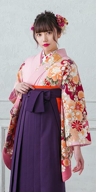 着物:ピンクぼたん袖ボカシ