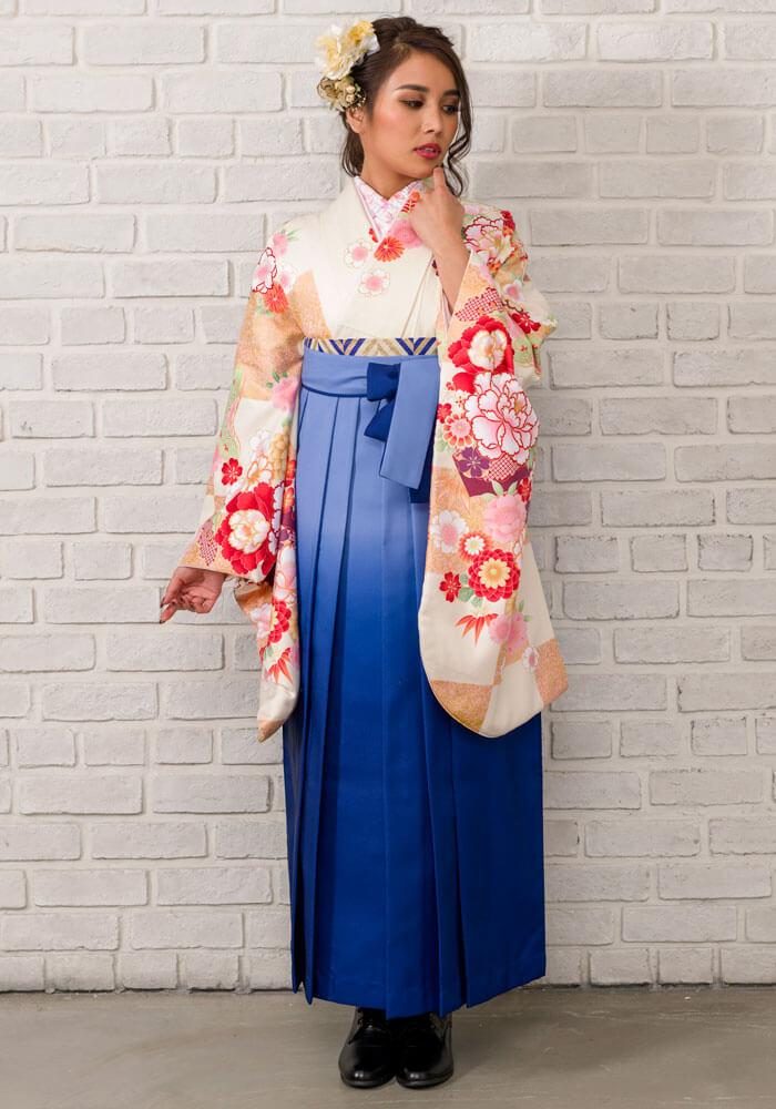 【着物】クリームに市松和柄+【袴】ブルーボカシ