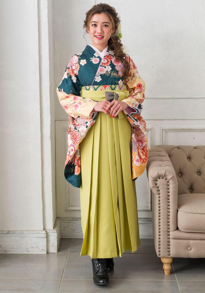 深緑の着物単品商品にモスグリーンの袴を合わせたコーデ