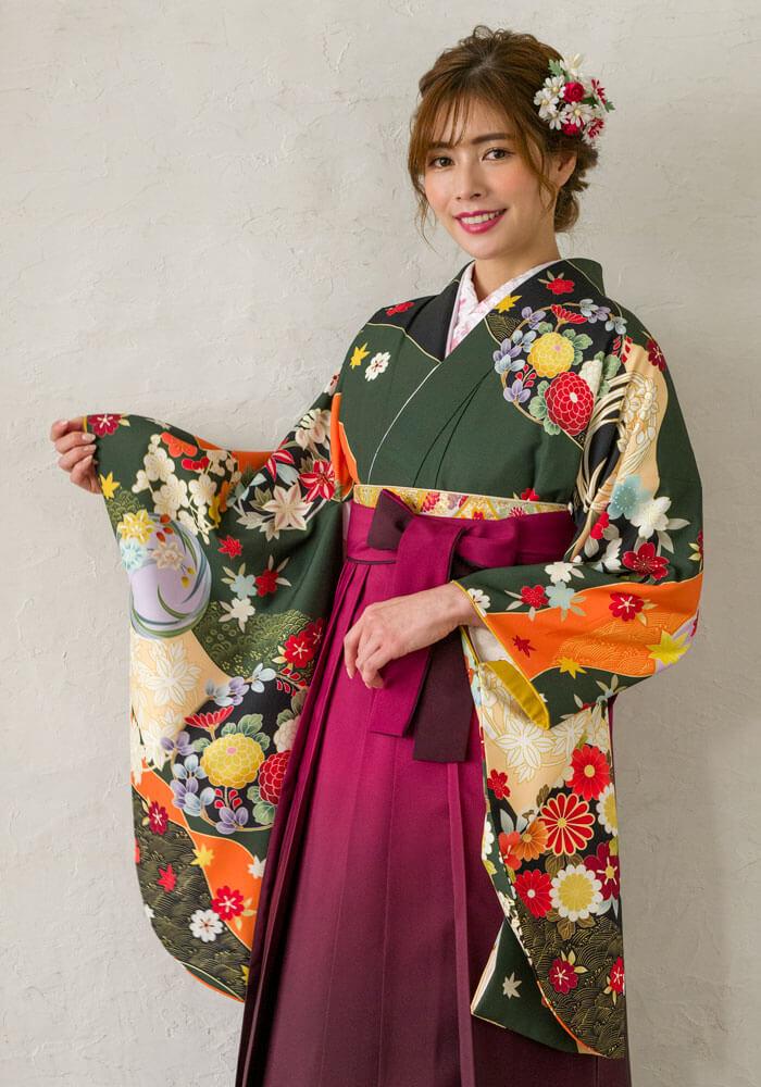 ネットレンタルできる緑の着物とピンクの袴コーディネート