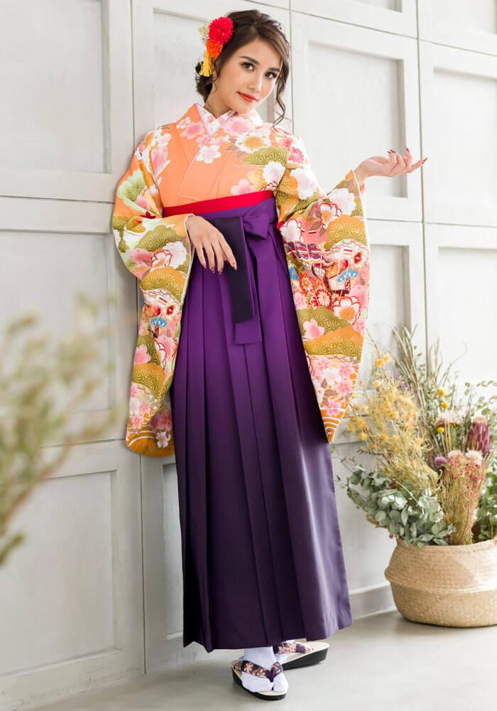 【着物】オレンジ松に扇+【袴】ムラサキボカシ