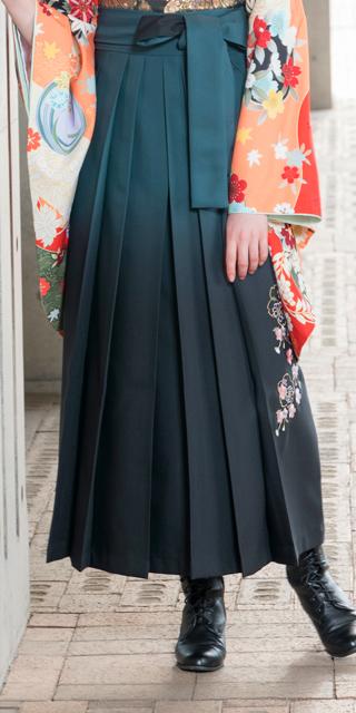 袴:グリーンボカシ花かごシシュウ