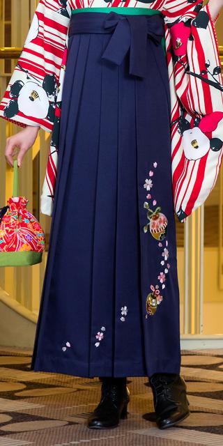 袴:コン鈴桜
