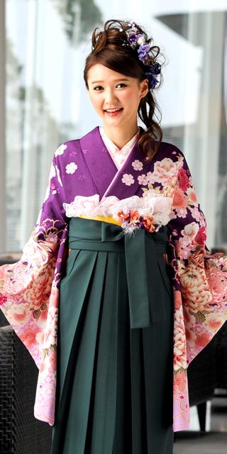着物:ムラサキ手まりに菊