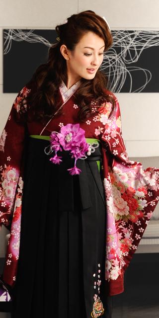 着物:赤茶ラメぼたん桜ちらし