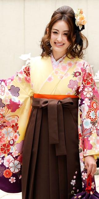 着物:クリーム袖手まり菊